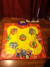 THE WIGGLES WIGGLY WIGGLY DANCE MAT, MUSICAL SINGING & DANCING 4 SONGS