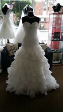Stunning Strapless Ivory Organza Fit and Flare Style Wedding Dress 10 12 14