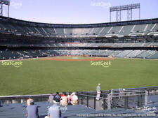 2 Mariners vs San Francisco Giants 4/4 Tickets 2018 4th ROW BLEACHERS AT&T Park