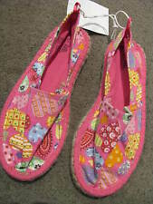 BNWT GIRLS PINK & HEARTS CANVAS FLAT SHOES SIZE 5 6 7 8 9 12 BEACH