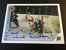 TED LINDSAY AUTOGRAPHED 1992 ULTIMATE HOCKEY CARD,Detroit Red Wings,HALL OF FAME