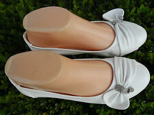 LADY FLAT SHOES EDNA VIA PINKY SIZE: 5-9 WHITE