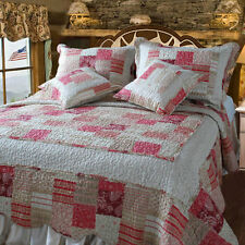 DaDa Bedding White Red Patchwork Floral Carnations Quilted Bedspread Set King