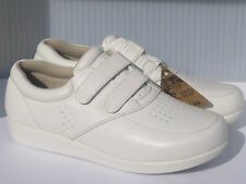 New Nurse Shoes Ball-Band W025, White Comfort, Anti Slip.Size 5 to 10(Run1Small)