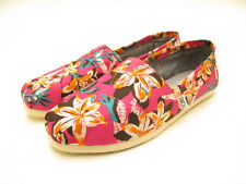 WOMENS TOMS CLASSIC SLIP ON PINK FLORAL 10000416