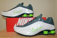 Nike Men Shox R4 running shoes size 8.5 , 9.5 , 10.5 ,13 new with box