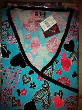 "Print Scrub Top ""Y"" Neck Hearts, Flowers, Filigree on Turquoise by BH 5XL"