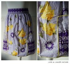 PRETTY vtg 1950s COTTON PURPLE YELLOW FLORAL 60s HALF APRON PINNY HOUSEWIFE