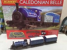 CALEDONIAN  0-4-0 LOCO &  TWO  BLUE FOUR WHEEL  COACHES  LOT5