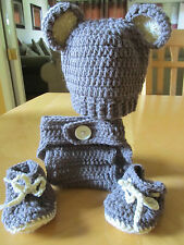 BABY BEAR RIBBED HAT, DIAPER COVER AND BOOTIES (0-3 months) crochet, 2 different