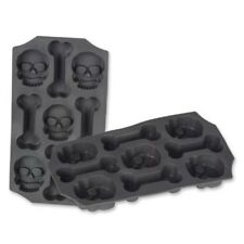 Halloween Jello Molds Plastic Skull and Bones Ice Mold for Party Decoration NEW