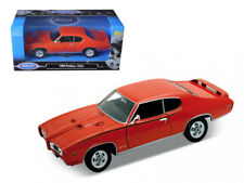 Welly 1969 Pontiac GTO Judge 1:24 Diecast Model Car