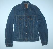 Men's Levi's long slv denim jacket in denim blue-M