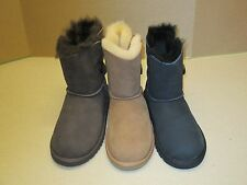 UGG BIG KIDS BAILEY BUTTON