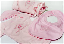PERSONALISED EMBROIDERED BABY GIFT SET BIB GROW FLEECE BLANKET NAME STITCHED