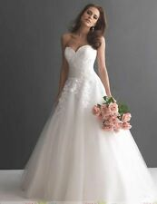 Latest Sweetheart White/Ivory Lace and Tulle A-Line Bridal Wedding Dress