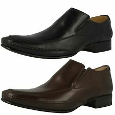 LOAKE MATTHEWS SLIP ON SHOES