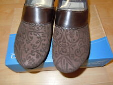 NEW IN BOX - WOMEN'S DANSKO PRIMA FLORAL LEATHER SHOES-BROWN-ASST SIZES $85.00