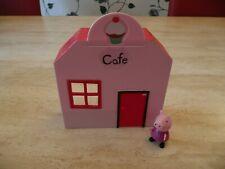 PEPPA PIG Playsets veterinari TOY STORE CAFE Play DEN CON FIGURE