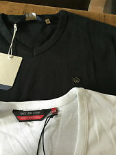 bnwt Duck & Cover basic t shirts Crew and V with small logo