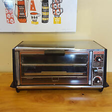 Vintage General Electric GE Toast-R-Oven Toaster Oven Broiler A23115 Clean Video