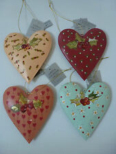 Gisela Graham Painted Vintage Style Tin Heart with Holly Christmas Dec (4 asst)