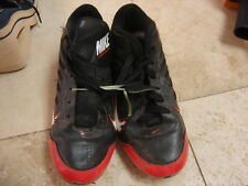 Nike Landshark Boys Size 3 Youth Black and Red Soccer Cleats