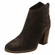 LADIES CLARKS ZIP SQUARE TOE SUEDE STACKED CASUAL SMART ANKLE BOOTS LORA LANA