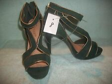 """Forever by Paula Abdul Ankle Strap 4.5"""" Green Suede Heels"""