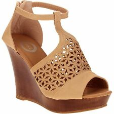New! One Women's Embossed Open Toe Wedge Sandal! Size 6! Fast Ship!