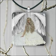 ANGEL WHITE WINGS LONG BLOND HAIR SQUARE PENDANTS NECKLACE MEDIUM OR LARGE -tas2