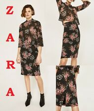 ZARA Black Red Floral Lace Pencil Fitted Back Slit New Skirt Size XS;M;L Blogger