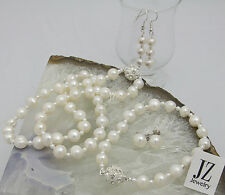 Freshwater Pearl Necklace with Japanese Pearl Beads & a Rhinestone Clasp Set.