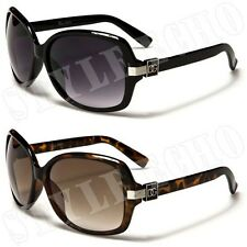 Clean and Classic Plastic Frame Womens Chic Style Sunglasses with Signature Logo
