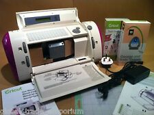 CRICUT PERSONAL ELECTRIC PAPER & CRAFT MACHINE PLUS YOUR CHOICE OF NEW CARTRIDGE