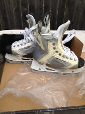 EASTON SE16 JUNIOR ICE HOCKEY SKATES