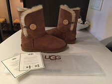 UGG Bailey Button Boots Chestnut Model: 5803 100% Authentic!