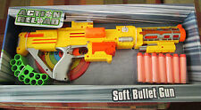 ACTION RELOAD NERF STYLE RIFLE 14 BULLETS BELT CLIP SCORE BOARD GREAT FOR XMAS