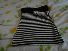 BLOUSE SZ M STRAPLESS BLACK AND WHITE