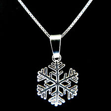 FASHIONS FOREVER 925 STERLING SILVER FROSTY SNOWFLAKE NECKLACE-PENDANT