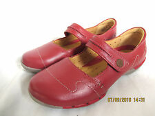 NEW Clarks Womens LEATHER SHOES Sandal UNSTRUCTURED UN HELMA RED SIZE 4