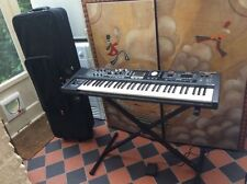 Roland V-Combo VR-09 61-key Stage Performance Keyboard With Heavy Duty Case