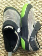 Youth Size 1 Crocs Fleece Lined Shoes Dark & Light Gray Neon Green