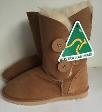 Ladies Short Two Button Ugg Boot 100% Sheepskin Merino Craft