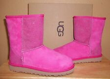 UGG Australia Classic Short Serein Diva Pink Kids Girls Boots New Youth US 2,3,4