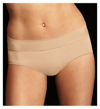 Maidenform DM0017 Smooth Seamless Hipster Panty