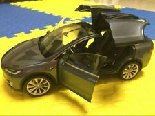 Original Tesla motor Diecast Model X P100D 1:18 Scale Diecast Model Car gray gif
