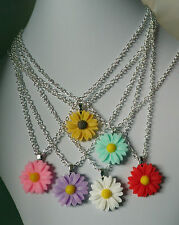 """Daisy flower pendant necklace silver plated chain 15""""/16""""/18"""" white pink yellow"""