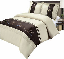 100% Combed cotton Celeste Embroidered Pillow Shams Set