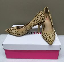 JustFab Esther Women perforated pump heel shoes